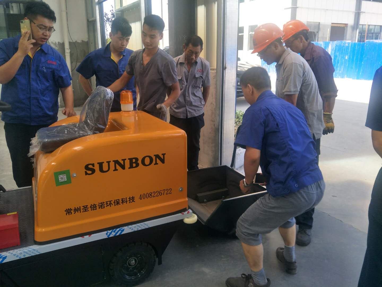 小型车间扫地机顺利交付—泰兴客户见证