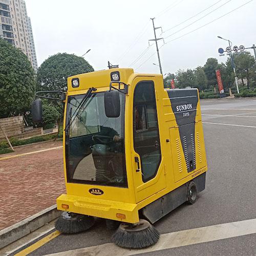 沐鸣2官方注册工厂、物业采购电动扫地车是非常必要的