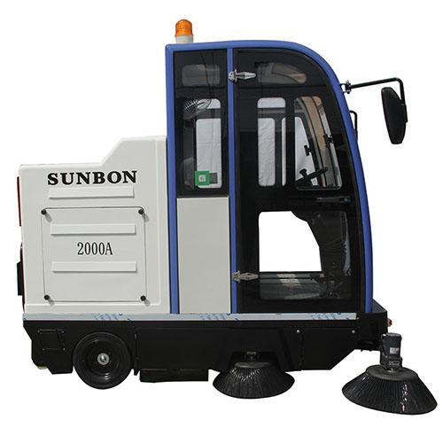 沐鸣2官方注册驾驶式扫地车在小区的应用