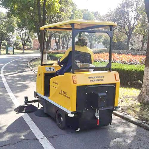 沐鸣2官方注册小区用电动扫地机保洁的好处