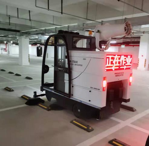 沐鸣2官方注册景区适合选择电动扫地车吗?